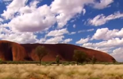 Stijena Uluru je Aboridžinima sveta