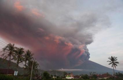 Erupcija vulkana Agung