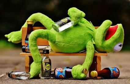 Alkohol se ipak sve manje koristi