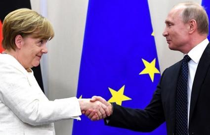 Što možemo o?ekivati od susreta Merkel-Putin?