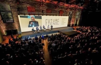 Future Tense konferencija u Laubi