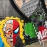 Here Be Dragons predstavlja live street art izvedbu na Fuliranju