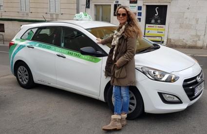 Da, i žene voze taxi