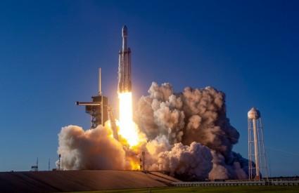 Falcon Heavy je uspješno napravio posao