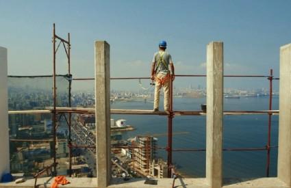 Okus cementa - film o sirijskim radnicima