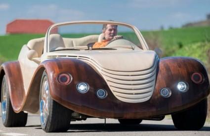 Drveni automobili su tako cool :)