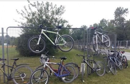 Sindikat biciklista protiv odluke o uklanjanju bicikla