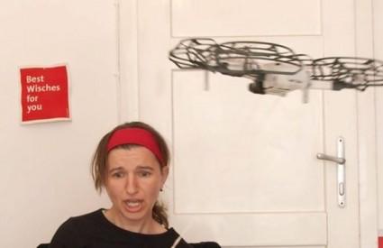 Čajanka s dronom